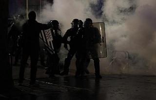 Fransa polisi PKK yandaşlarına müdahale etti