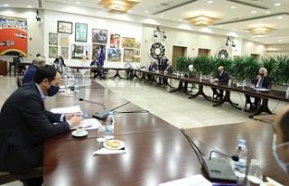 Güney Kıbrıs'ta Cenevre'ye gidecek siyasilere...