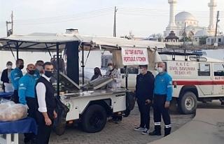 Sivil Savunma iftar yemeği dağıtımı yaptı
