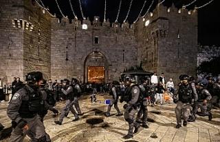 İsrail polisi Doğu Kudüs'ün Şam Kapısı'nda...