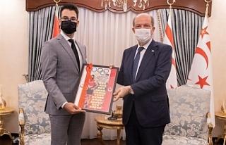 Tatar, milli atlet Yiğitcan Hekimoğlu'nu kabul...