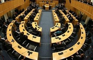 Rum Meclisi'inde komite kavgası