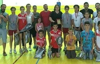 Lefkoşa Badminton Kulübü'nden Basketbol Federasyonu...