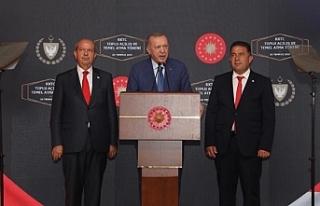 Tatar ve Erdoğan, açılış töreninde konuştu