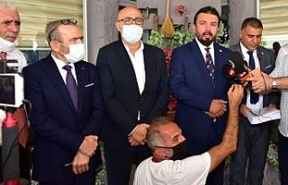 """Zaroğlu, """"Millet Partisi"""" ismiyle yeni..."""
