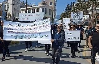 Aşı karşıtları yürüyüş yapacak