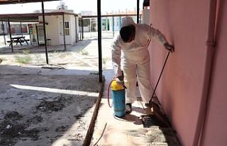 Gazimağusa Belediyesi, okullarda genel temizlik ve...