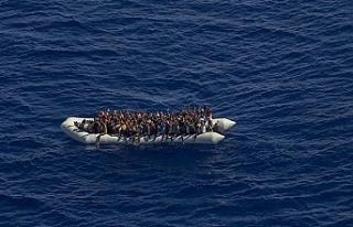 Göçmen teknesinde aç ve susuz kalan 47 kişi öldü