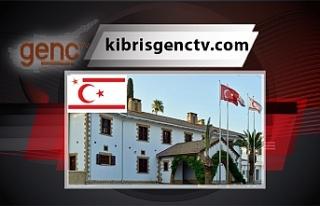 İngiltere'de eğitim gören Kıbrıslı Türk öğrenciler...