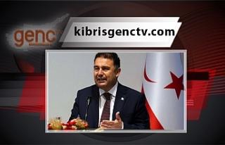 Başbakan Ersan Saner'den anıt mezar ile ilgili...