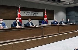 """Erdoğan: """"Türkiye kimsenin kapı kulu değildir"""""""