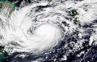 Japonya'da chanthu tayfunu