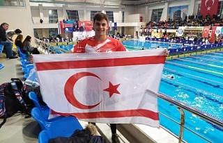 Kıbrıslı Türk yüzücü Emre, olimpiyatlara Bursa'da...