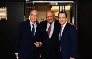 Rum Dışişleri Bakanından New York'ta temaslar
