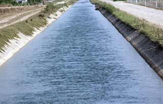 Larnaka'dan Güney Lefkoşa'ya su