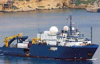 """Türk savaş gemilerinin Nautical Geo"""" adlı gemiyi..."""