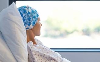 """""""Kanseri ancak kanser uzmanları tedavi edebilir"""""""