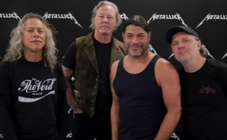 Metallica'dan çocuk hastanesine 250 bin avro bağış