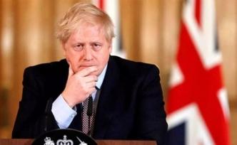 """Vaka sayısı artan İngiltere'de Johnson'dan açıklama: """"Frene basmamız gerekiyor"""""""