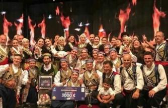 FOGEM,  HALK DANSLARI YARIŞMASI'NDA İKİNCİLİĞİ KAZANDI