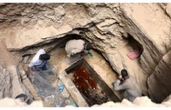 MISIR'DA BULUNAN LAHİTİN İÇİNDEN LAĞIM SUYU ÇIKTI