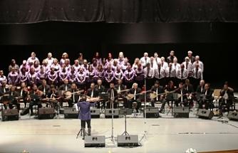 """""""35'inci Yıl Cumhuriyet Konseri"""" düzenliyor"""
