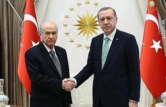 'AK Parti 3 ili MHP'ye bırakacak, karşılığında Aydın ve Muğla'yı alacak'