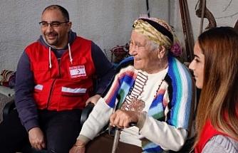 Kuzey Kıbrıs Türk Kızılayı ekipleri sel felaketinin yaralarını sarıyor
