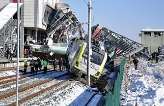 Tren kazasıyla ilgili 3 kişi gözaltına alındı
