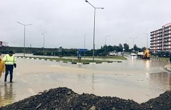 Güzelyurt'ta Manisa Bulvarı trafiğe kapatıldı