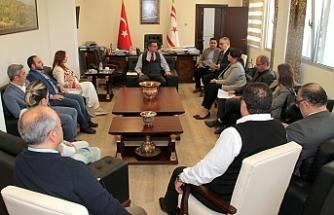Başbakan, YYK ve Televizyon yetkilileri ile biraraya geldi
