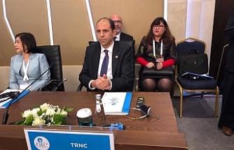 Özersay, İstanbul'da İİT Toplantısı'na katıldı