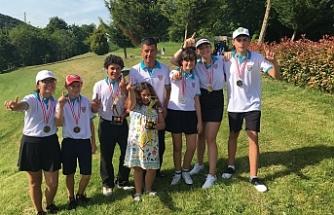 Golf Federasyonu gençler takımı Silivri'de açık ara şampiyon