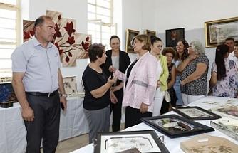 Akova Köy Kadın Kursu Sergisi, Meral Akıncı tarafından açıldı