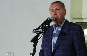 """""""Kuzey Kıbrıs'taki kardeşlerimizin hakkını kimseye yedirmeyiz"""""""