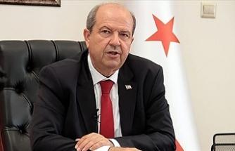 Başbakan Tatar, Türk Yıldızları Akrobasi Timi'ni kabul etti