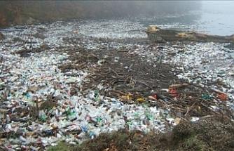 """""""Endonezya okyanuslara en çok plastik atık bırakan ikinci ülke"""""""