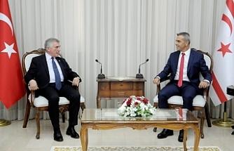 Meclis Başkanı Uluçay, CHP Genel Başkan Yardımcısı Çeviköz'ü kabul etti