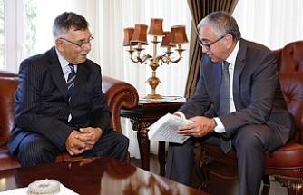 Akıncı, Nihat Nalbantoğlu'nu kabul etti