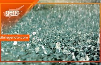 Polisten yol uyarısı! Yağış nedeniyle Lefkoşa - Güzelyurt Anayolu üzerinde görüş mesafesi azaldı