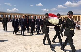 Tatar ve Özersay, Anıtkabir'de