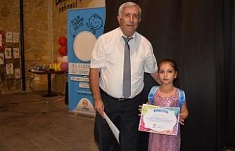 10 çocuğa başarı belgeleri verildi