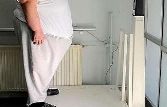"""""""Obeziteyi çözdüğümüz zaman bu hastalıkların pek çoğundan hastalarımızı kurtarmamız mümkün."""""""