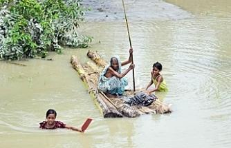 Seller ve yıldırım nedeniyle 18 kişi hayatını kaybetti