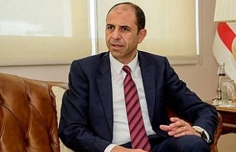 """Özersay: """"Ölçüyü kaçırıp Kıbrıs Türküne hakaret etmeye kimsenin hakkı yok"""""""