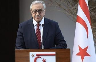 """Akıncı: """" Kıbrıs Türk halkının çıkarları ve geleceği için söz söylemeye ve uğraş vermeye devam edeceğim"""""""