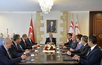 Akıncı, siyasi partilerin Başkanlarını kabul etti