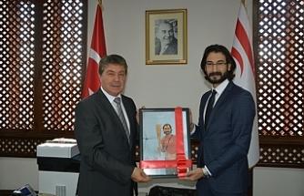 Bakan Üstel, Yiğitcan'ı kabul etti
