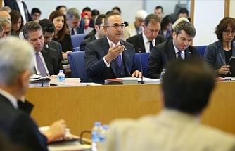 """Çavuşoğlu: """"Kıbrıs konusunda sırf müzakere için tekrar masaya oturmayacağız"""""""
