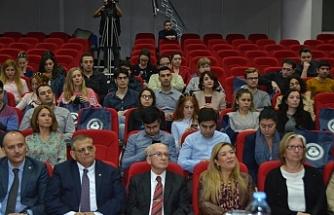 Genç diplomatlar DAÜ'de